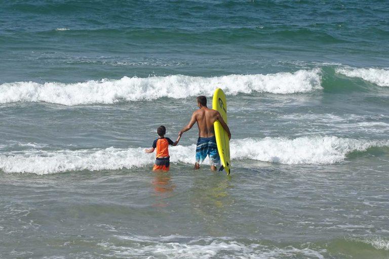 השכרת גלשן גלים סופט לילדים בהרצליה